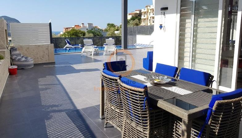 Sea view property near the beach with balcony in Kalkan