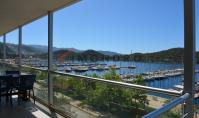 KS-121, Sea view villa with terrace and pool in Kas