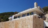 KS-150, Sea view property with terrace and pool in Kas Bayindir