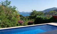 GO-117, Sea view villa with terrace and pool in Gocek