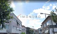 IS-497, Apartment with balcony and separated kitchen in Istanbul Besiktas