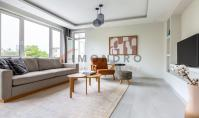 IS-581, Apartment with balcony in Istanbul Besiktas