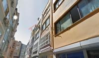 IS-629, Property with balcony and heated floor in Istanbul Besiktas