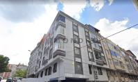 IS-676, Real estate with balcony and separated kitchen in Istanbul Gaziosmanpasa