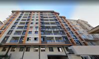 IS-756, New building property with balcony and underground parking space in Istanbul Kagithane