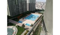 IS-802, Apartment with balcony and pool in Istanbul Esenyurt